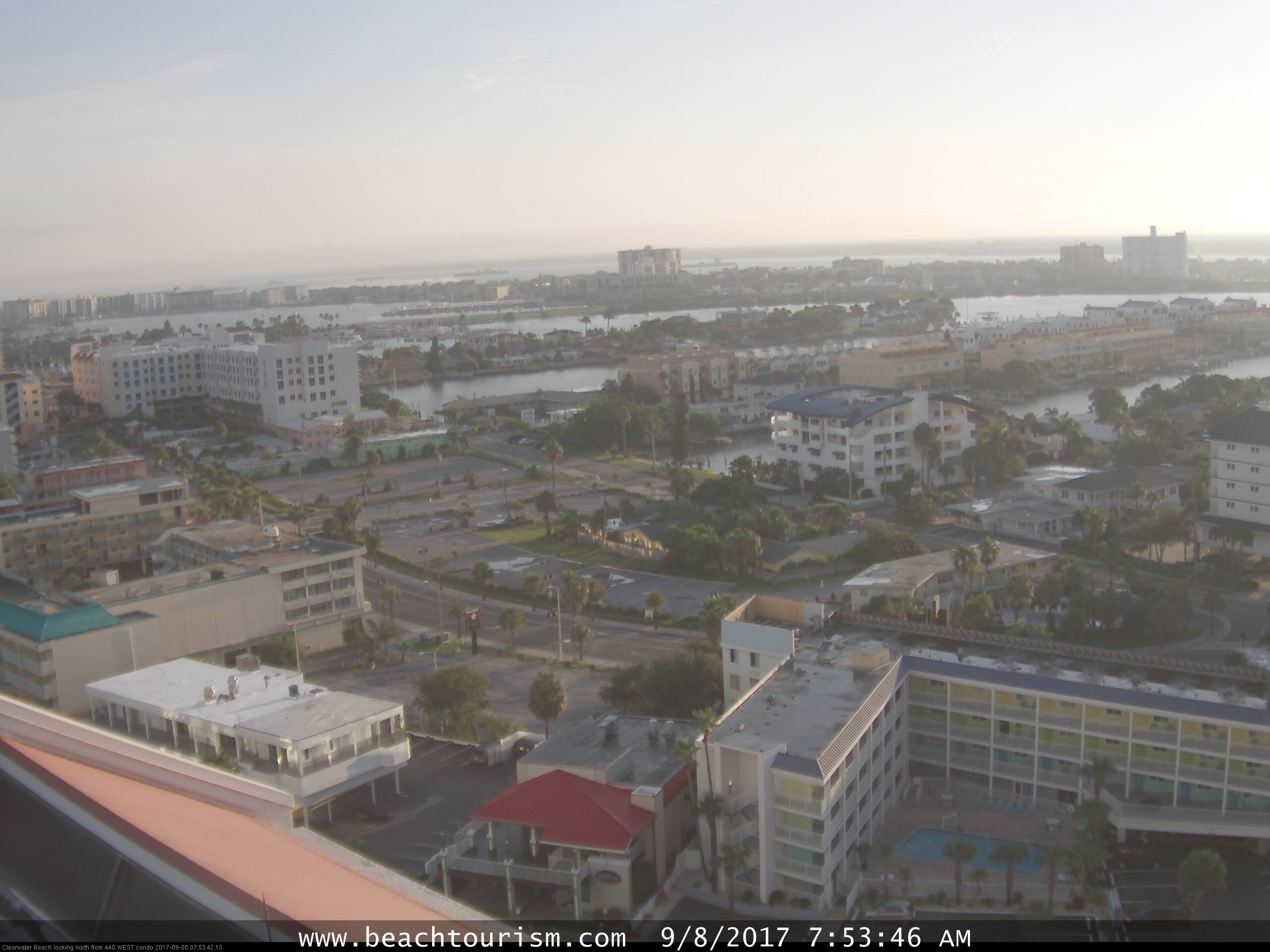 Clearwater Beach webcam - Sky Screamer Parasail webcam, Florida, Pinellas County
