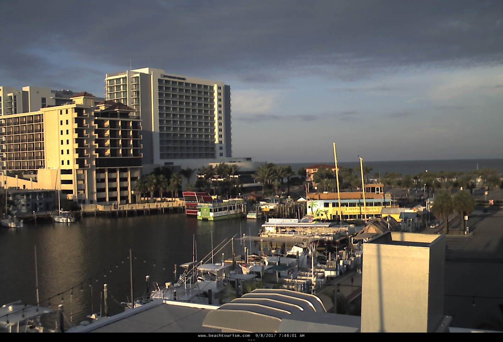 Pier 60 surf report and hd surf cam surfline cam provided by clearwater beach chamber of commerce nvjuhfo Images